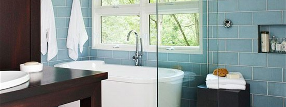 6620e3a98345371cc627ab6b22d5a67b.jpg glass wall tile wood look tile floor bathroom